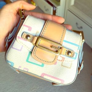 Guess mini clutch
